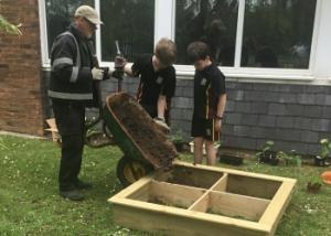 Gardening club 03