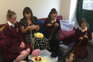 Knit and crochet club 04